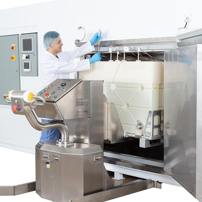 Loading a CryoVault CV 300 Freezer